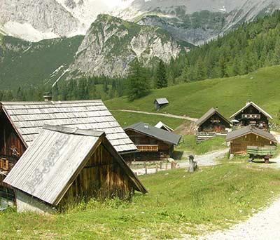 504 واژه ضروری انگلیسی - معنی کلمه rural با استفاده از عکس و تصاویر