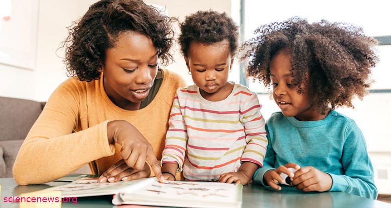 آموزش زبان در خانه به کودک