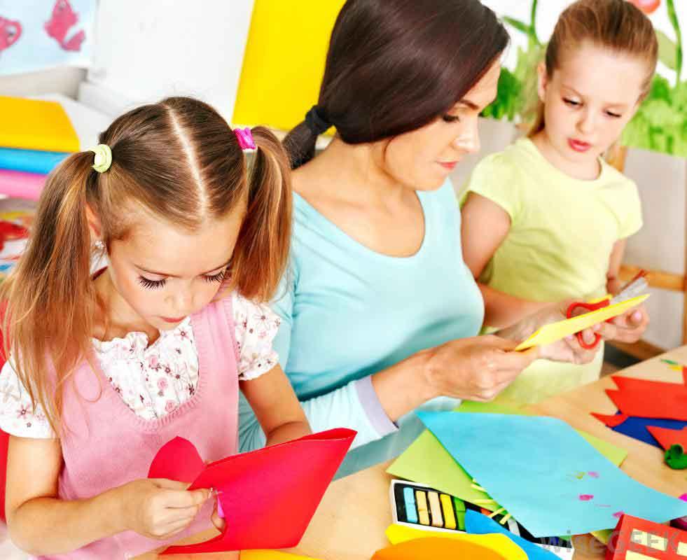 آموزش زبان با بازی با کودک